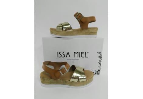 51dba2371a6 Sandalia de piel tiras doradas y cuero - Calzados Grau