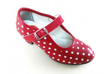 Zapato de baile rojo con lunares blancos