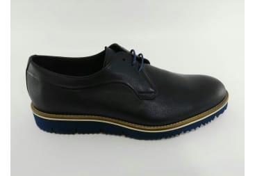 Zapato piel azul picado