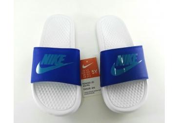 Chancla Nike azul