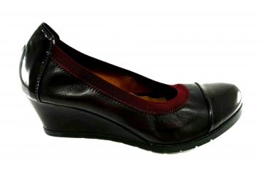 Zapato cuña piel