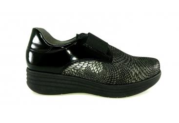 Zapato cerrado de piel