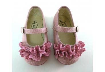 Zapato de niña rosa con correa