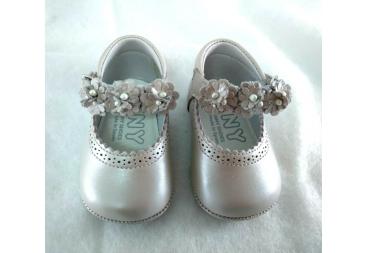 TNY zapato niña sin suela nacarado