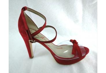 Sandalia en antelina piel rojo Laura Amat