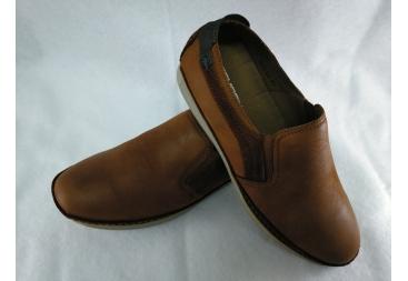 zapato de color cuero Vicmar