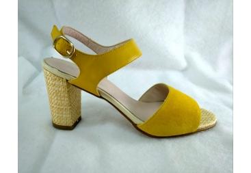 Sandalia amarillo Ana Román