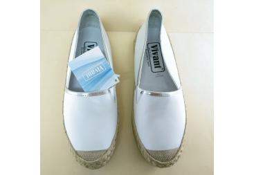 Zapato piel cerrado Vivan