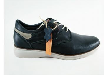 Zapato punteado fino
