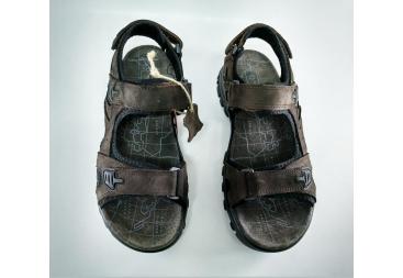 Sandalia marrón