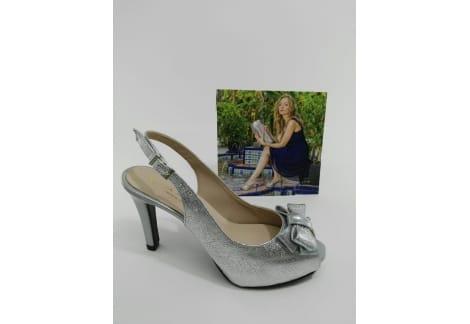 Zapato despuntado y destalonado plata