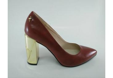 Zapato salón rojo Menbur