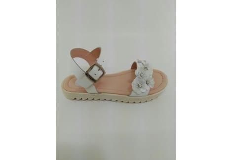 Sandalia piel blanca grande