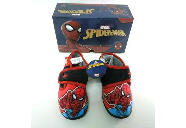 Spiderman bota casa
