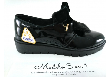 Titanitos zapato negro charol