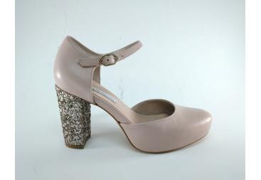 Zapato en piel rosa palo Angel Alarcón