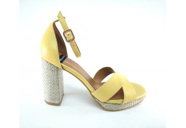 Alarcón Sandalia de señora cruzada amarilla