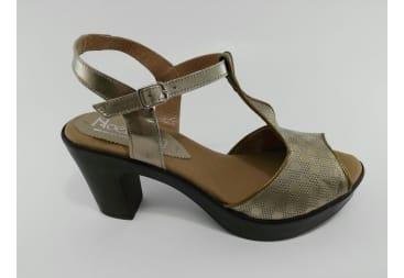 Sandalia de piel tiras bronce