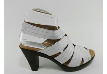 Sandalia de piel de tiras blancas