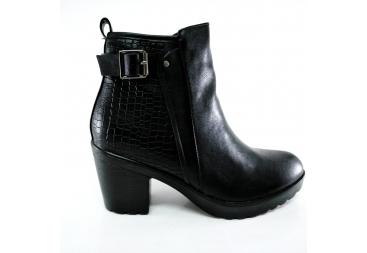 Balleri botín de señora en color negro