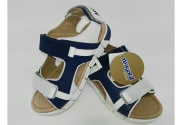 Sandalia de piel de mayoral 3 velcros