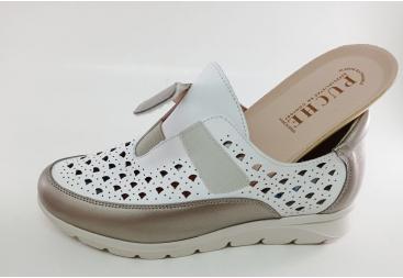 Puche zapato cerrado blanco