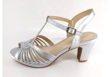 Prestigio sandalia metalizada plata