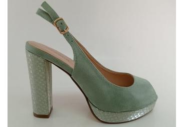 Menbur sandalia tipo retro ante verde