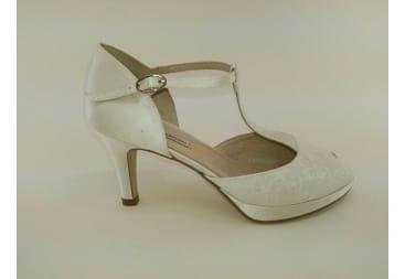 Sandalia de Novia de raso y encaje