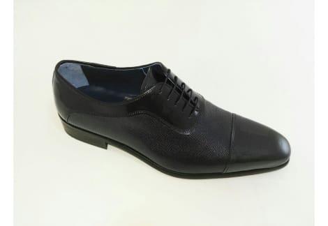 Zapato de charol Gris