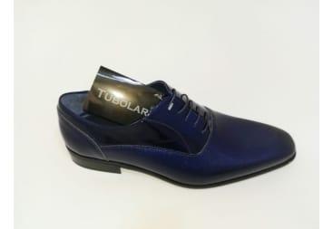 Zapato de piel charol azul