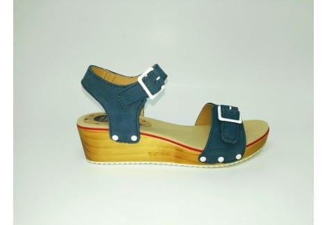 Sandalia cuña azul Gioseppo