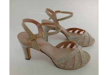 Menbur sandalia platino con brillantes