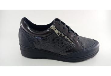Zapato negro cordonera señora