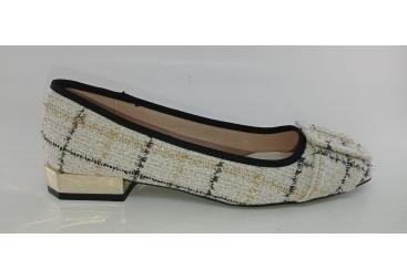 Zapato vestir señora de menbur genero beig