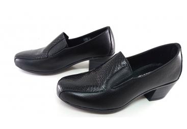 Torres zapato de señora en piel negra grabado